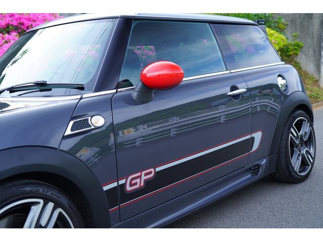 ジョンクーパーワークスGP 世界限定2000台 日本200台限定車 クラッチ交換済み 専用RECAROシート シートヒーター(35枚目)