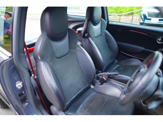 ジョンクーパーワークスGP 世界限定2000台 日本200台限定車 クラッチ交換済み 専用RECAROシート シートヒーター(67枚目)