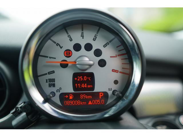 クーパーS クラブマン HDDナビ バックカメラ ローダウン JCWブレーキ装着 サンルーフ クルコン シートヒーター(45枚目)