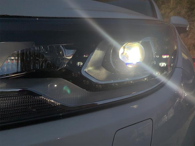 TSIブルーモーションテクノロジー TSIブルーモーションテクノロジー 禁煙車 認定中古車 正規ディーラー 純正ナビ バックカメラ キセノンライト ETC オートホールド エレクトロニックパーキングブレーキ USB アイドリングストップ(26枚目)