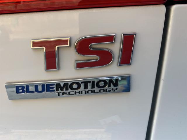TSIブルーモーションテクノロジー TSIブルーモーションテクノロジー 禁煙車 認定中古車 正規ディーラー 純正ナビ バックカメラ キセノンライト ETC オートホールド エレクトロニックパーキングブレーキ USB アイドリングストップ(42枚目)
