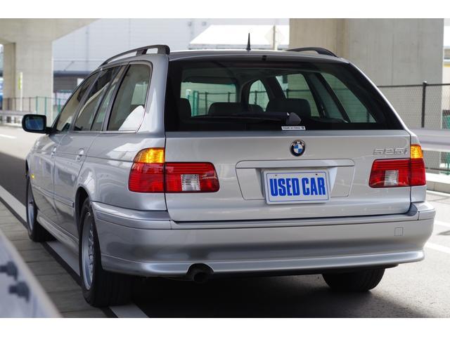 BMW BMW 525iツーリングハイライン ワンオーナー 記録簿 黒革