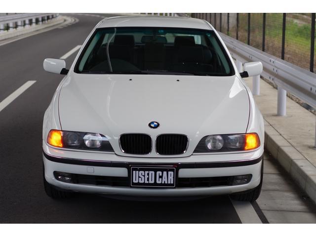 当店、BMWは複数台在庫しております。店舗ページも是非ご覧くださいね。