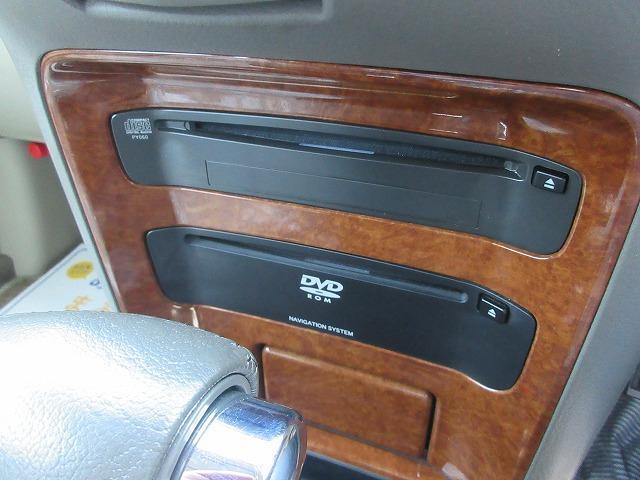 ワンオーナー禁煙車4WD ナビ Bカメラ ETC キーレス(14枚目)