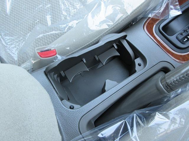 ワンオーナー禁煙車4WD ナビ Bカメラ ETC キーレス(17枚目)