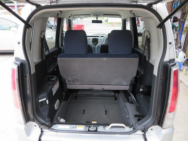 スローパー車イス移動車 リヤシート付き 電動固定装置 禁煙 取説&記録簿 無料保証6ヶ月&走行距離無制限(14枚目)