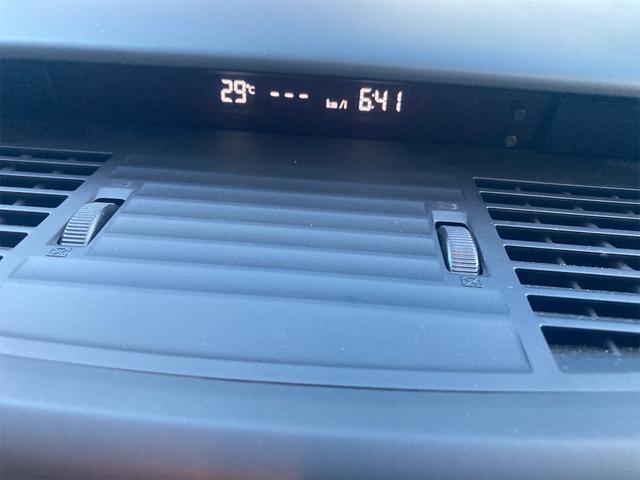 2.0i-S 4WD サンルーフ ナビ AW ETC 7名乗り AC 記録簿 オーディオ付 DVD(51枚目)