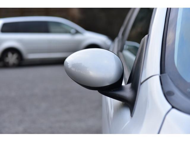 ■夜間の来店■もし暗くなってからのご来店の場合でも、工場の明るいところでお車を確認して頂くことが出来ます。