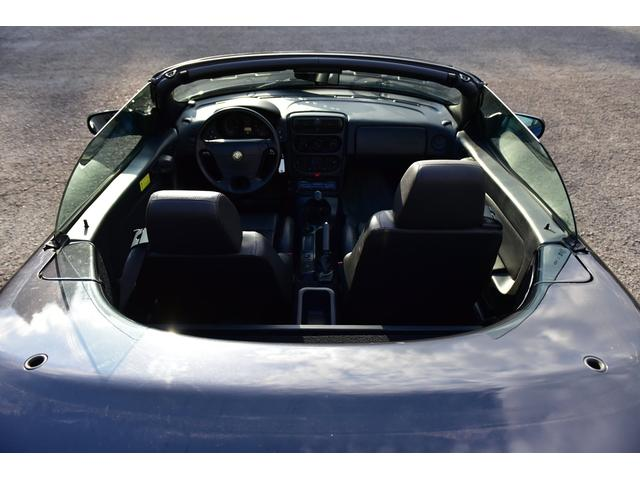 ベースグレード 黒革シート ETC オープン フロア5速MT 純正カセットオーディオ(48枚目)