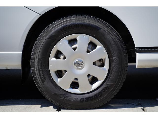 ロングDX ガソリン/2.000cc/5速AT/6人乗/両側スライドドア/スライドサイドウィンドウ/純正キーレス/日産純正ナビMS110-A/地デジ/ルーフキャリア/運転席パワーウィンドウ/運転席エアーバック(21枚目)