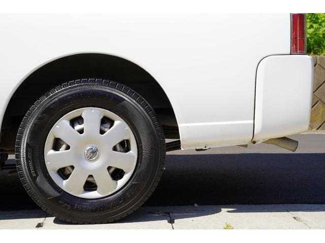 ロングDX ガソリン/2.000cc/5速AT/6人乗/両側スライドドア/スライドサイドウィンドウ/純正キーレス/日産純正ナビMS110-A/地デジ/ルーフキャリア/運転席パワーウィンドウ/運転席エアーバック(26枚目)