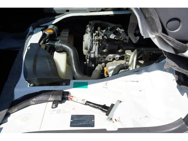 ロングDX ガソリン/2.000cc/5速AT/6人乗/両側スライドドア/スライドサイドウィンドウ/純正キーレス/日産純正ナビMS110-A/地デジ/ルーフキャリア/運転席パワーウィンドウ/運転席エアーバック(57枚目)