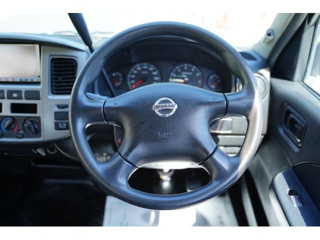 ロングDX ガソリン/2.000cc/5速AT/6人乗/両側スライドドア/スライドサイドウィンドウ/純正キーレス/日産純正ナビMS110-A/地デジ/ルーフキャリア/運転席パワーウィンドウ/運転席エアーバック(63枚目)
