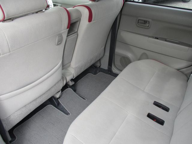 内装や内張り、トリム類は当社にてクリーニング済!ご納車後も気持ちよくお乗りいただけるよう細心の注意を払います。