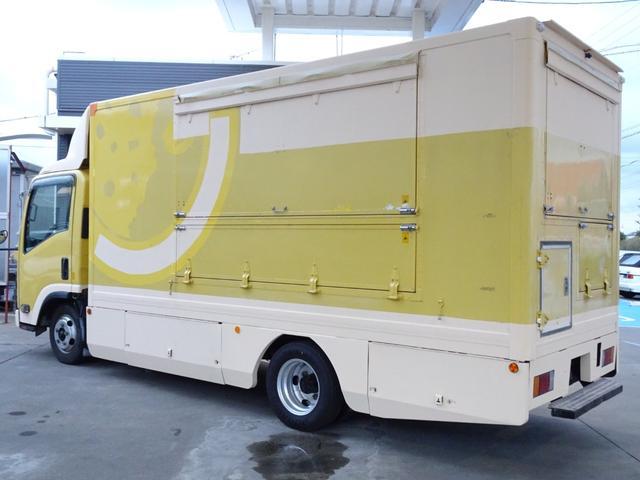 移動販売車 キッチンカー 加工車登録 跳ね上げ扉 シンク 作業台 カウンター外テーブル 車輌総重量3,685Kg スムーサー 2ペダル NOx・PM適合 フードトラック ケータリングカー(19枚目)