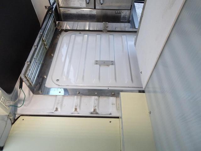 移動販売車 キッチンカー 加工車登録 軽自動車 8ナンバー シンク オーブン サイドオーニング 1人乗り(30枚目)
