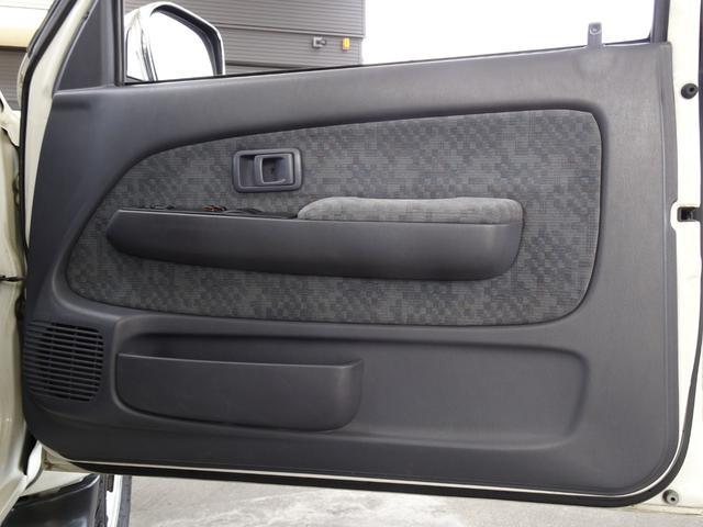 エクストラキャブ ワイド 後期最終型 LN172H ディーゼル 5MT 4WD ABS 1ナンバー タイミングベルト交換済み 原動機5L ノーマル車両 BFグッドリッチATタイヤ 集中ドアロック フロントガラス新品交換済み(42枚目)