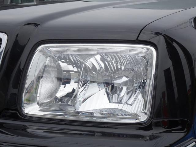 樹脂製ヘッドライト