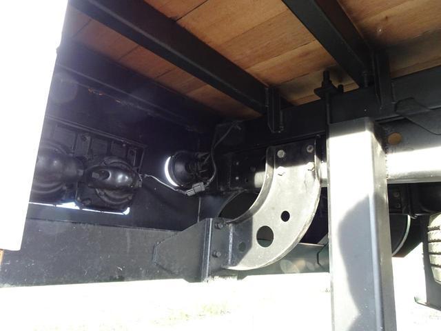 積載2.2t 荷台長さ486cm ハイジャッキ セルフ セルフクレーン セルフローダー 240馬力 ユニック4段クレーン2.93t ラジコン フックイン 三方あおり 重機運搬車 回送車 GVW8t未満(51枚目)