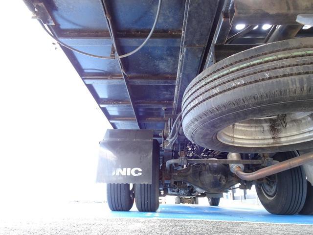 積載車 キャリアカー 最大積載2t ユニックUC-33ERR 荷台長さ572cm・幅205cm ラジコン付き 荷台ウインチ 6MT・3ペダル セーフティーローダー NOx・PM適合(66枚目)