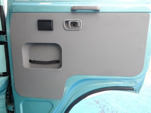 SX 26人乗り ワンオーナー 実走行5,520Km 自動スイングドア AT車 ABS付き TD42ディーゼル ビニールレザーシート NOx・PM適合(16枚目)