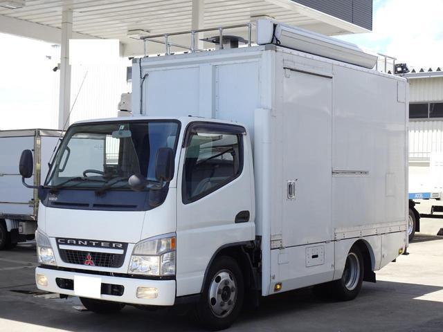 パネルバン フルタイム4WD 積載1,850Kg 1ナンバー AT車 原動機4M50 ディーゼルターボ 左サイドドア リア電動シャッタードア サイドオーニング 換気扇 ホンダガソリン発電機(7枚目)