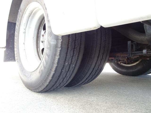 パネルバン フルタイム4WD 積載1,850Kg 1ナンバー AT車 原動機4M50 ディーゼルターボ 左サイドドア リア電動シャッタードア サイドオーニング 換気扇 ホンダガソリン発電機(30枚目)