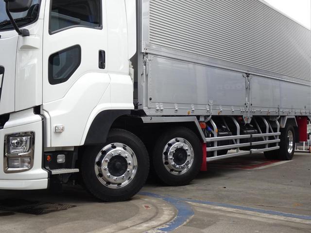 前2軸 最大積載量:9,000Kg 車両重量:10,870Kg 車両総重量:19,980Kg