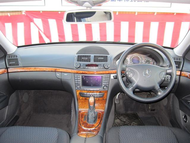 メルセデス・ベンツ M・ベンツ E240 純正ナビ パワーシート ETC クルコン