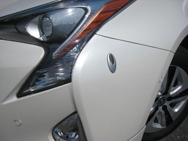 電動コーナーポールをしまった状態!上級グレードの「A]ですので、トヨタセーフティーセンス-P(TSS-P)のインテリジェントクリアランスソナー!