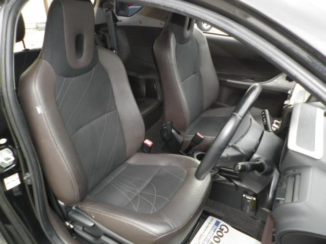トヨタ iQ 100G レザーパッケージ バッテリー新品