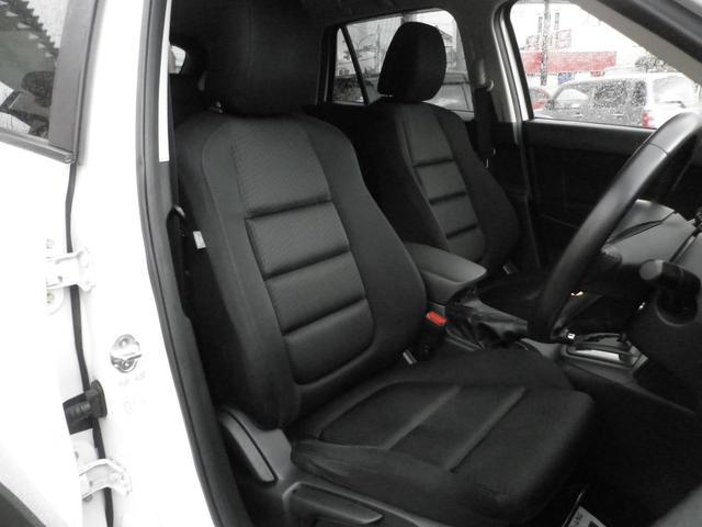 ☆座り心地バッチリなフロントシート☆クリーニング済みで清潔です☆