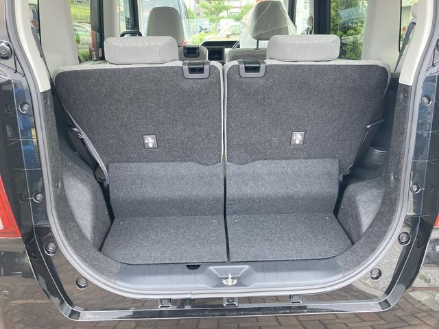 Xセレクション 360度スーパーUVIRカットガラス 格納式シートバックテーブル シートバックポケット 運転席シートリフター チルトステアリング シートヒーター リヤヒーターダクト(10枚目)