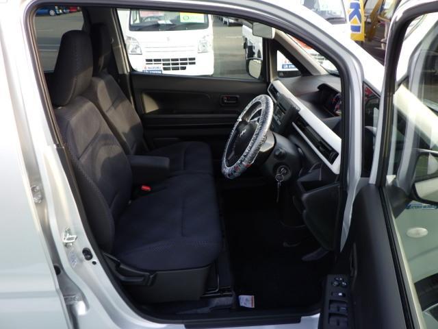 座席が高く運転しやすいシート
