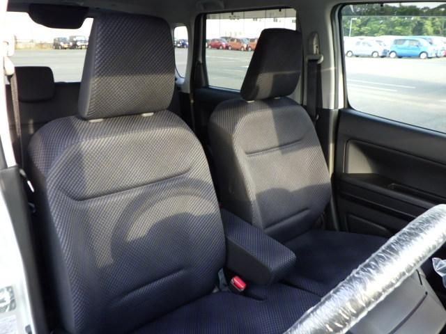 長時間運転でも快適なシート