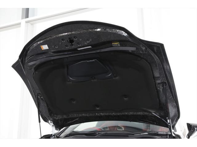 パフォーマンスパッケージ カーボンリアウイング チタンマフラー カーボンセラミックブレーキ 走行1750KM(37枚目)