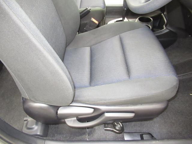 S ハイブリッド ワンオーナー 衝突被害軽減システム 横滑り防止機能 ABS エアバッグ 盗難防止装置 バックカメラ ETC CD スマートキー キーレス フル装備 オートマ(27枚目)