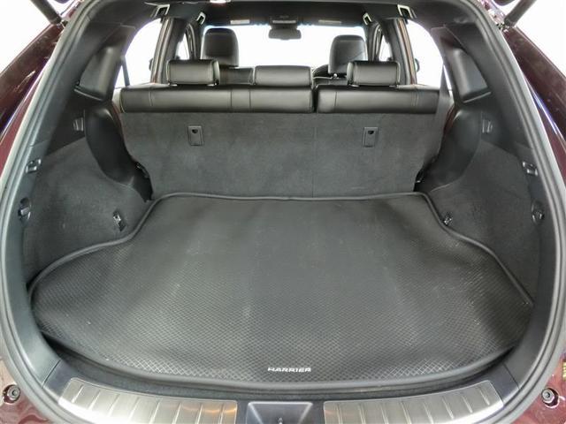 プレミアム ハイブリッド ワンオーナー 4WD 電動シート 安全装備 横滑り防止機能 ABS エアバッグ オートクルーズコントロール 盗難防止装置 バックカメラ ETC ミュージックプレイヤー接続可 CD(16枚目)