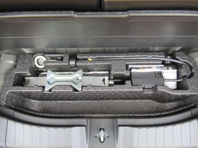L 軽自動車 ホンダセンシング ギャザズメモリーナビ リアカメラ フルセグTV DVD再生 ミュージックサーバー USB充電  片側パワースライドドア LEDヘッドライト ワンオーナー車 ベンチシート(11枚目)