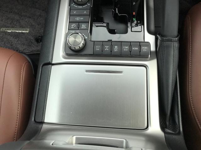 ZX メーカーナビ メーカーリアエンターテイメント マルチテレインモニター トヨタセーフティセンス スマートキー プッシュスタートFRモデリスタエアロ OCS RCC LDA AHB BSM 茶革シート(33枚目)