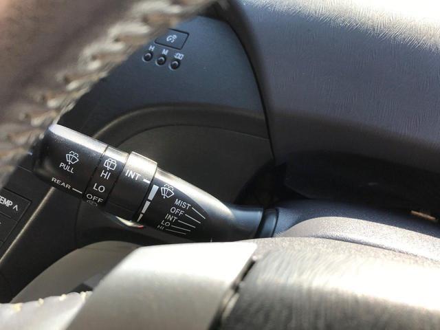S LEDエディション /純正HDDナビ/フルセグ/社外19インチAW/社外車高調/社外エアロ/黒革調シートカバー/車検4年10月まで有/LEDヘッドライトフォグライト/バックカメラ/ETC/革巻きステアリング(29枚目)