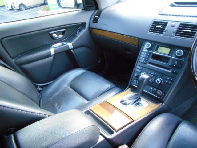 ボルボ ボルボ XC90 ナビ レザーシート 4WD