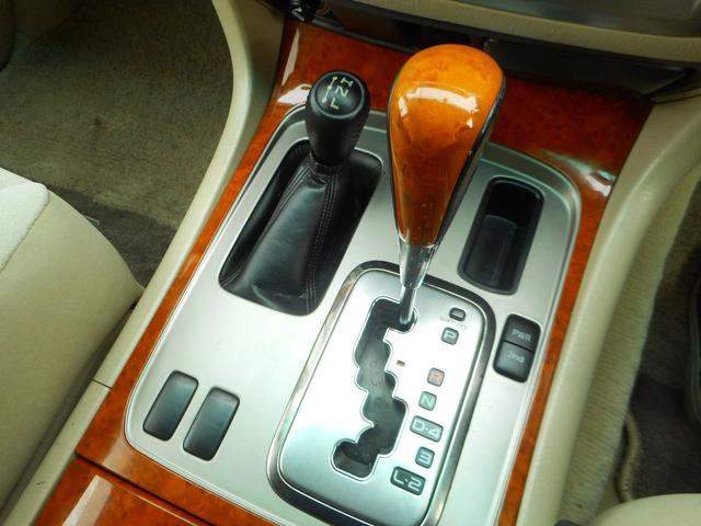 「トヨタ」「ランドクルーザー100」「SUV・クロカン」「静岡県」の中古車11