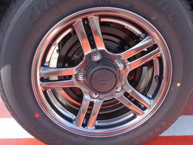 スズキ ジムニー ランドベンチャー 特別仕様車 ターボ 4WD 届出済未使用車