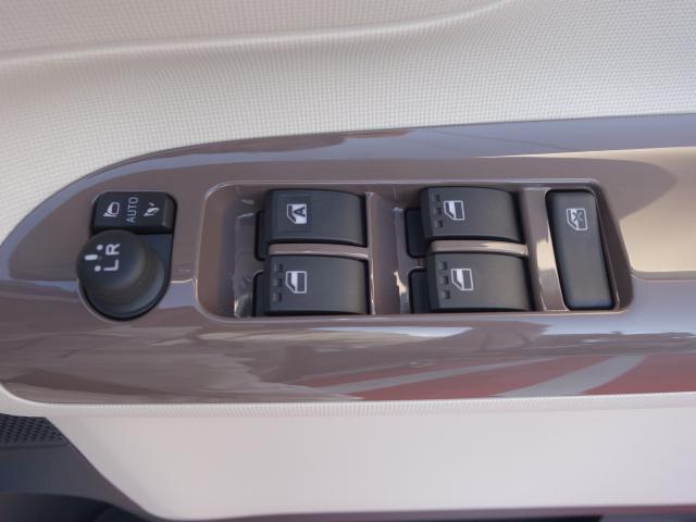 ダイハツ ムーヴキャンバス Xリミテッドメイクアップ SAII 両側電動 届出済未使用車