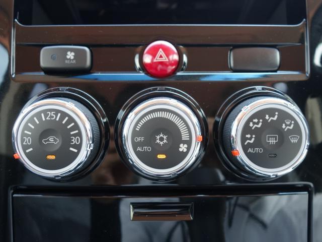 三菱 デリカD:5 ジャスパー 4WD HID 両側電動 登録済み未使用車
