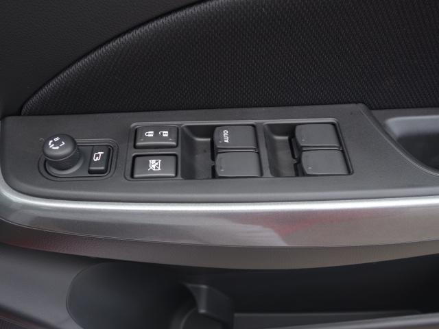 ハイブリッドRS/セーフティパッケージ/登録済み未使用車(10枚目)