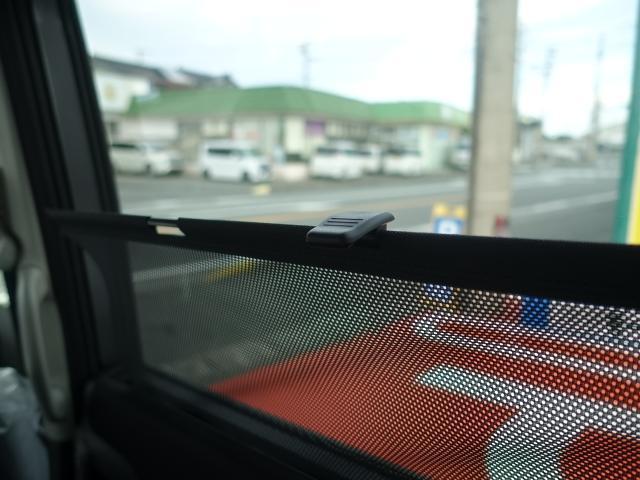 ハイブリッドMV /全方位カメラ/スマートキー/衝突被害軽減ブレーキ/革巻きハンドル/シートヒーター/電動スライドドア/プッシュスタート/オートクルーズコントロール/オートエアコン/シートバックテーブル/登録済未使用車(11枚目)