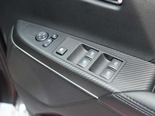 G パワーパッケージ /4WD/8人乗り/ナビ取付パッケージII/両側パワースライドドア/LEDヘッドライト/ステアリングリモコン/全方位カメラモニター/登録済み未使用車(13枚目)