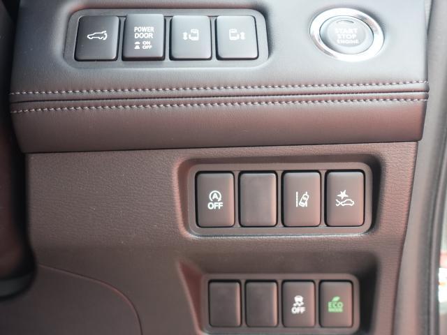G パワーパッケージ /4WD/8人乗り/ナビ取付パッケージII/両側パワースライドドア/LEDヘッドライト/ステアリングリモコン/全方位カメラモニター/登録済み未使用車(14枚目)